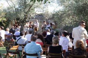 Officiant de cérémonie laïque, maître de cérémonie ou célébrant de cérémonie-officiant-ceremonie-montpellier